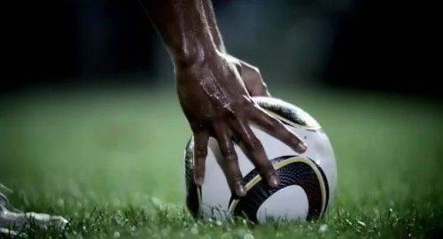 pub-budweiser-football-02