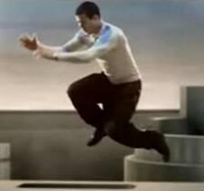 swatch-marque-wall-jump-yamakasi